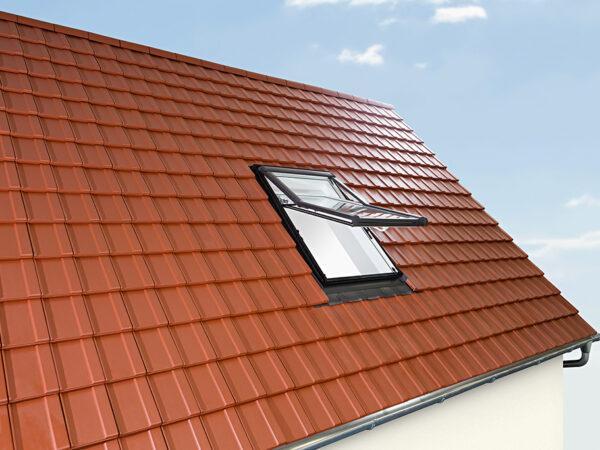 Pöördavatavad katuseaknad ROTO